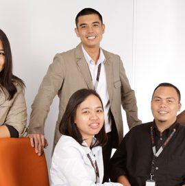 ساق البامبو والعمالة الفلبينية